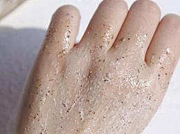 磨砂膏去鸡皮管用吗 磨砂膏去鸡皮多久能见效