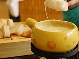 自己在家怎么做奶茶?在家做奶茶的做法大全