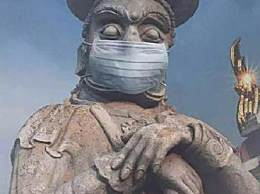 印度给神像戴口罩 牧师怕神像冻着引爆笑