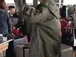 胡歌机场怒斥代拍 好脾气的胡歌为什么发飙了?