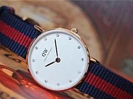 DW玫瑰金色手表会褪色吗?dw玫瑰金手表怎么防止褪色?
