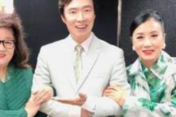 费玉清正式退出演艺圈 告别演唱会与好友粉丝告别