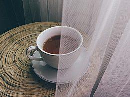 吃消炎药能喝茶吗?喝法不当容易伤肠胃