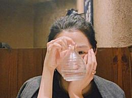 曝鹿晗关晓彤同游日本 二人一起用餐