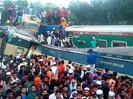 孟加拉国火车相撞 至少15人死亡40人受伤太惨烈