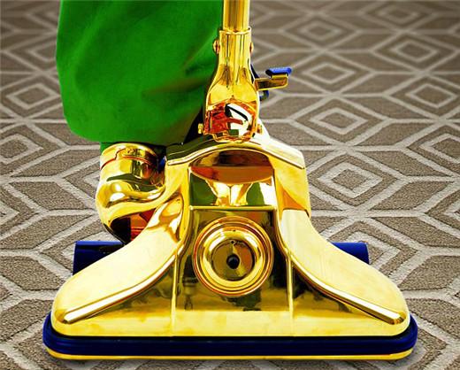 世界上最贵吸尘器 纯黄金打造售价770万