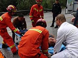 广西桂林客车失控 雨天失控撞山体多人受伤