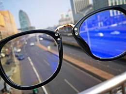 防蓝光眼镜真能预防儿童近视吗?看看专家怎么说