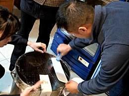 网红火锅店使用老油 老板使用老油当场被抓