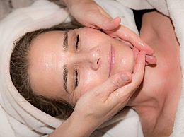灌肤皮肤会产生依赖吗?芦荟灌肤的好处与副作用
