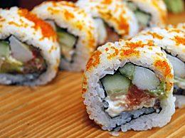 寿司里面放什么好吃