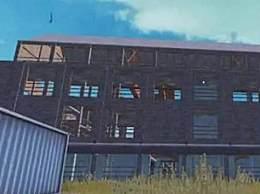 和平精英核电站怎么上房顶