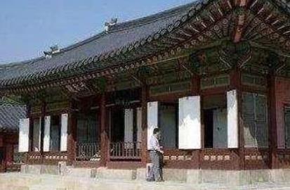 韩国故宫发现火炕 王的地暖莫名起火十分诡异