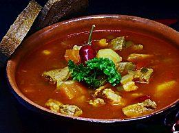 大骨头汤怎么做好吃?大骨头汤的烹饪技巧