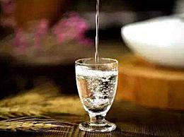 长期喝白酒有什么坏处 常喝白酒的10个危害和副作用