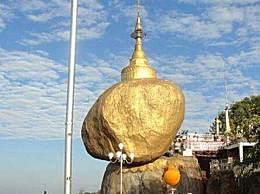 探秘缅甸神奇大金石 悬挂峭壁数百年不坠落