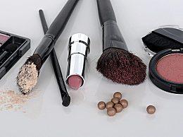 化妆卡粉浮粉上妆不服帖怎么回事?化妆卡粉原因