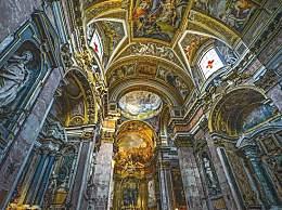 罗马最受欢迎的景点 许愿泉可能要装栏杆!