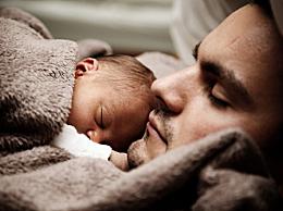 婴儿的体温多少正常 和大人一样吗 婴儿的标准体温范围
