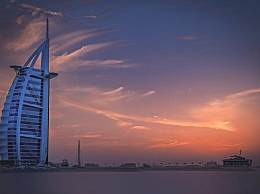 去迪拜旅游几月去最好?跟团好还是自由行好?