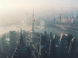 国内跨年夜去哪个城市最好?上海却不是最惊艳的!