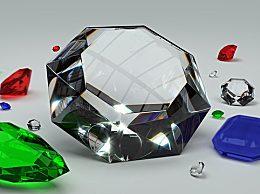 翡翠是怎么形成的 翡翠是石头吗