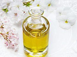 葡萄籽油有什么好处 葡萄籽油的三大功效与营养价值