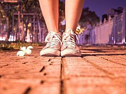扭伤脚怎么办?扭伤脚筋的护理方法