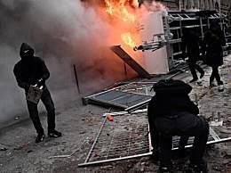 法国80万人大罢工 政府意图继续推动改革