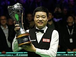 丁俊晖英锦赛冠军 10-6击败斯蒂芬・马奎尔
