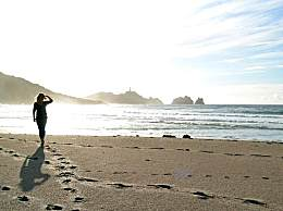 今年的元旦去哪儿玩最好?海滩滑雪任你挑!