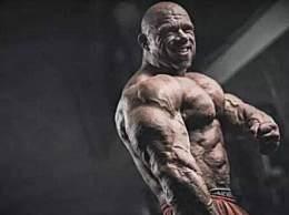 世界上肌肉最发达的人 男子练肌肉练成石头人