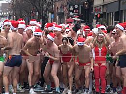 疯狂波士顿!近百人cos圣诞老人穿泳装裸跑