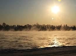 内蒙古水煮黄河奇观 雾气腾腾像煮熟的饺子开锅了