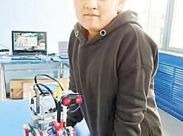 少年深夜挨家敲门 天然气泄漏12岁少年救了整楼居民