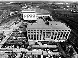 """8000吨济南大楼平移24米 为济南""""大东环""""挪步让道"""