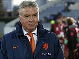 荷兰名宿入主富力 富力新帅敲定范布隆克霍斯特