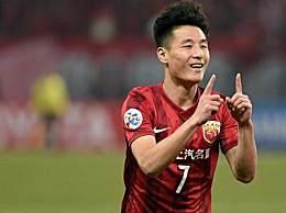 武磊攻破巴萨球门 首位攻破巴萨球门的中国球员