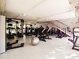 如何正确使用室内健身仰卧起坐板 常见的误区有哪些?
