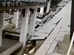 苏州十全街附近塌陷 多名沿街商户称已经关店撤离