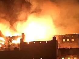 德国百年建筑起火 百年建筑烧毁损失达100万欧元