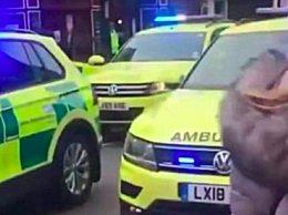 伦敦发生持刀伤人事件 或与恐怖袭击有关