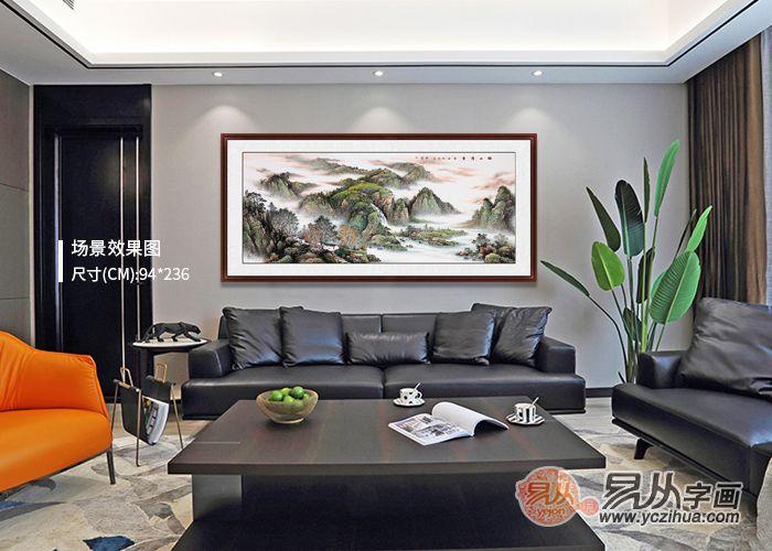沙发背景墙挂画选什么好?名人手绘山水画,清秀山水更护眼