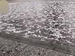 湖北断崖式降温 湖北将出现寒潮和大雪天气
