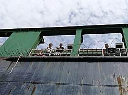 中国货轮遇海盗尼日利亚海军营救 23名船员安然无恙