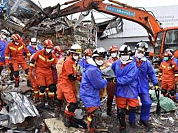 福建酒店坍塌致20死41人受伤,现在仍有10人被困正在救援