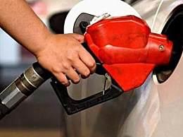 原油跌破30美元油价重回5元时代 原油大跌原因及影响