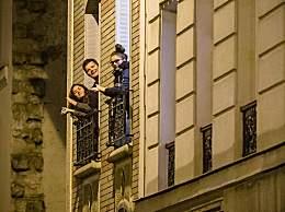 法国每晚八点为医护人员鼓掌 向医护人员致敬