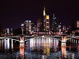 德国将禁止两人以上聚集 来遏制冠状病毒传播