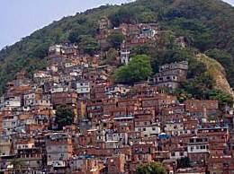 巴西黑帮强制封城 不满政府作为黑帮化身管理者